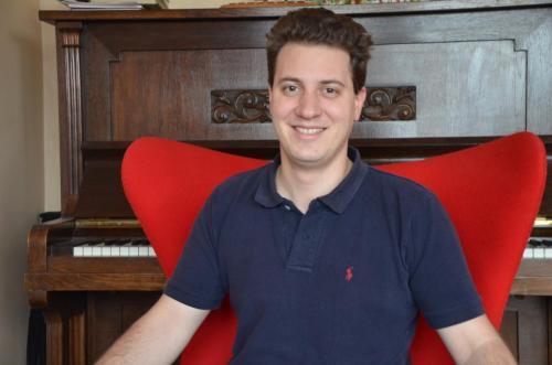 Adrian Hellmann<br>Schatzmeister